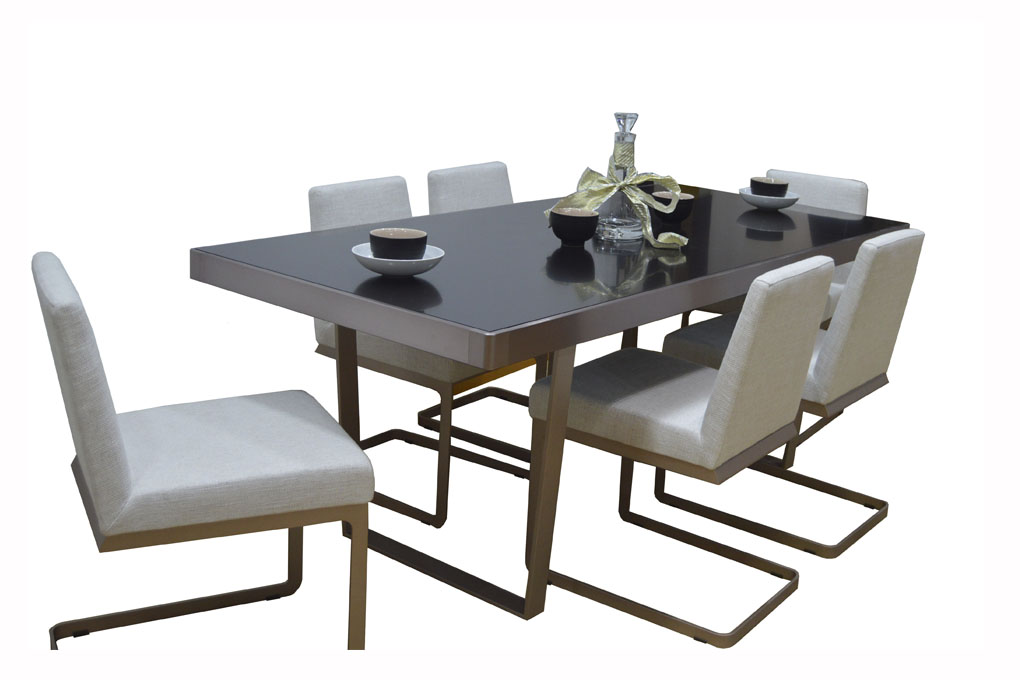 Marlin gladdy dining table Marlin home furniture dubai